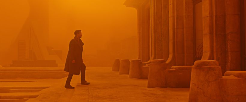 blade-runner-2049-ryan-gosling-walking-2