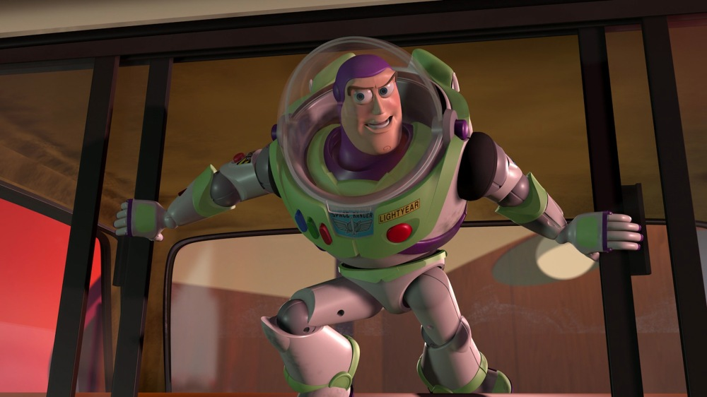 buzz-eclair-personnage-toy-story-06-1