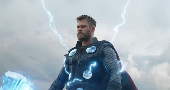 Thor (Chris Hensworth)